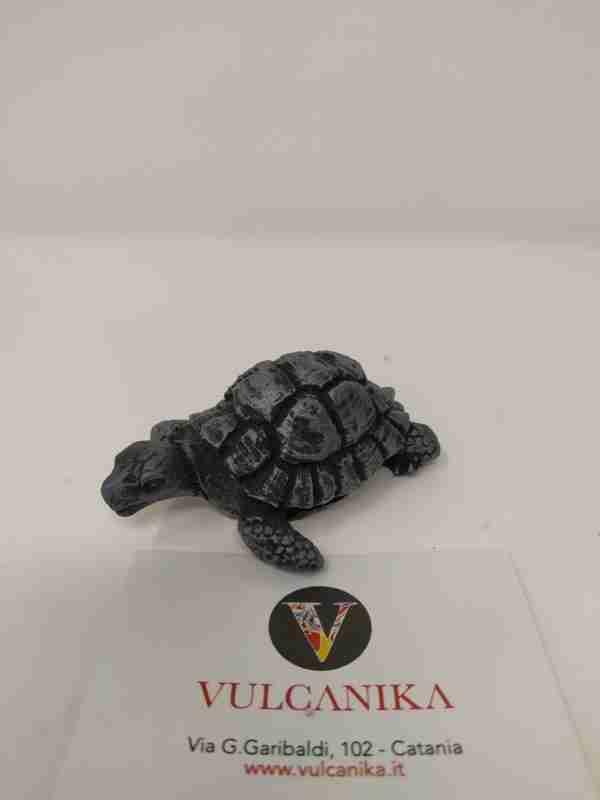 Tartaruga in pietra lavica