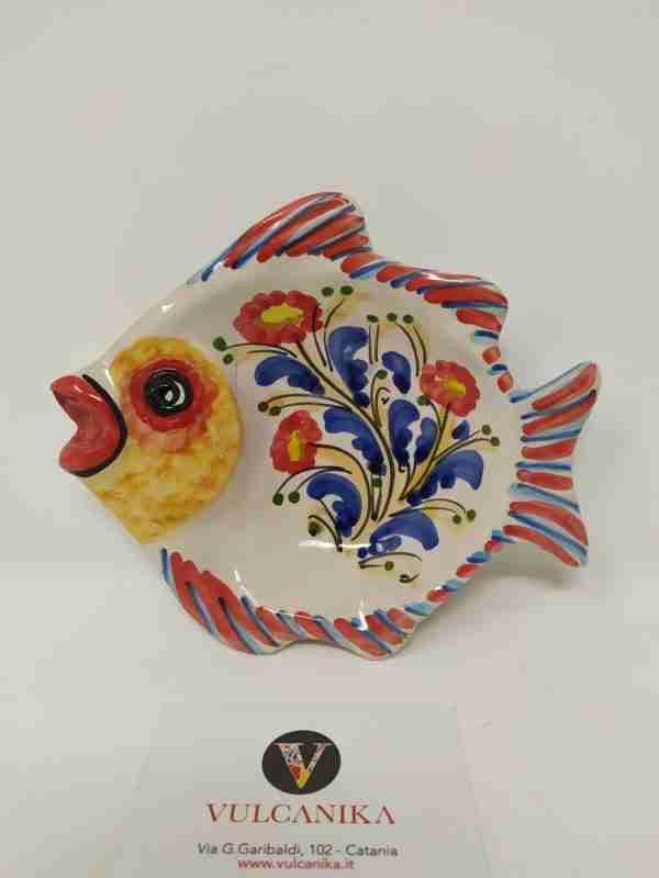 Pesce in Ceramica di Caltagirone dipinta a mano