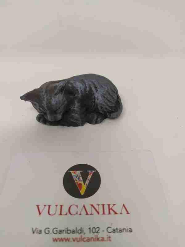 Gatto in pietra lavica