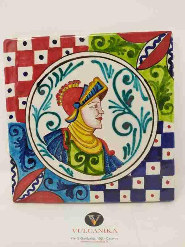 """Mattonella """"Orlando"""" in ceramica di Caltagirone dipinta a mano"""