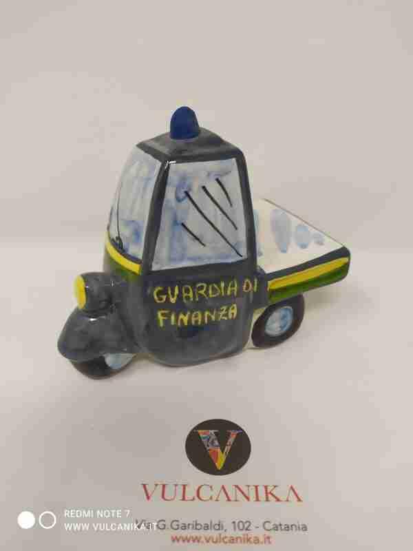Ape Guardia di Finanza in Ceramica di Caltagirone